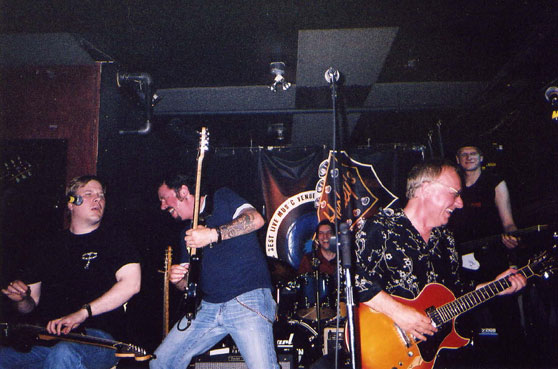 Jeff Healey, Steve Lukather, Myself, Greg Goddovitz, Big Ben at Healey's